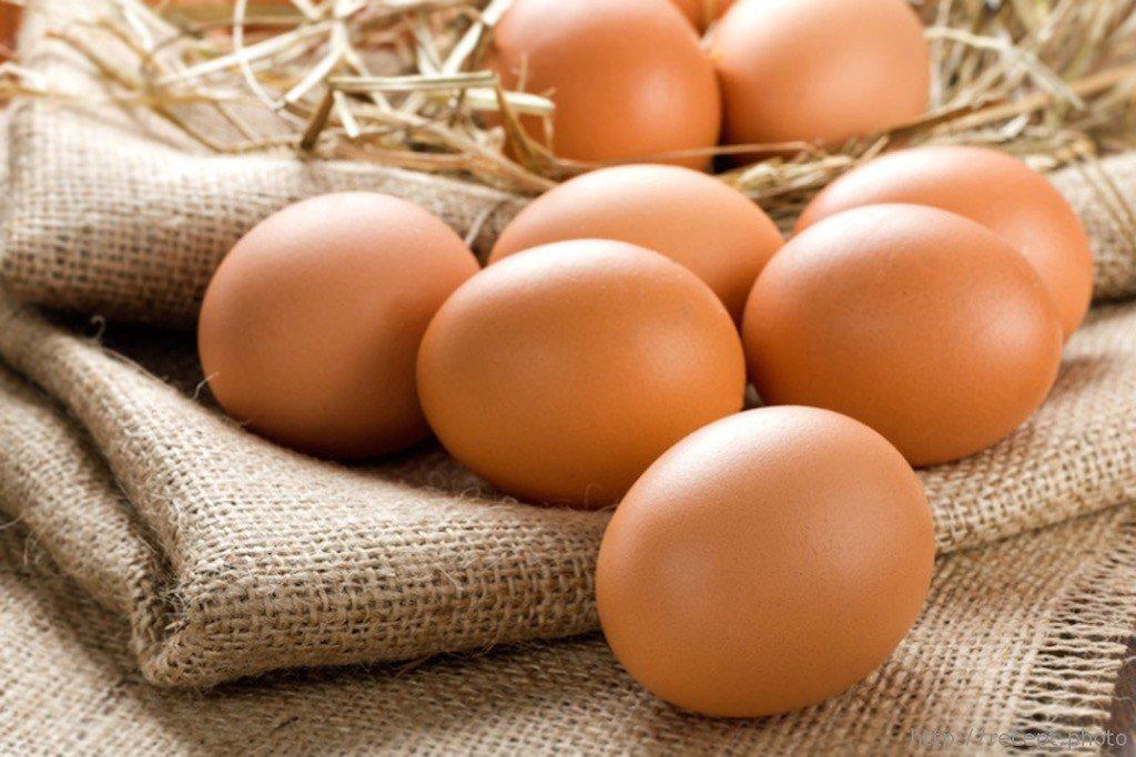 Приворот на кладбище на тухлое яйцо, снять приворот яйцом