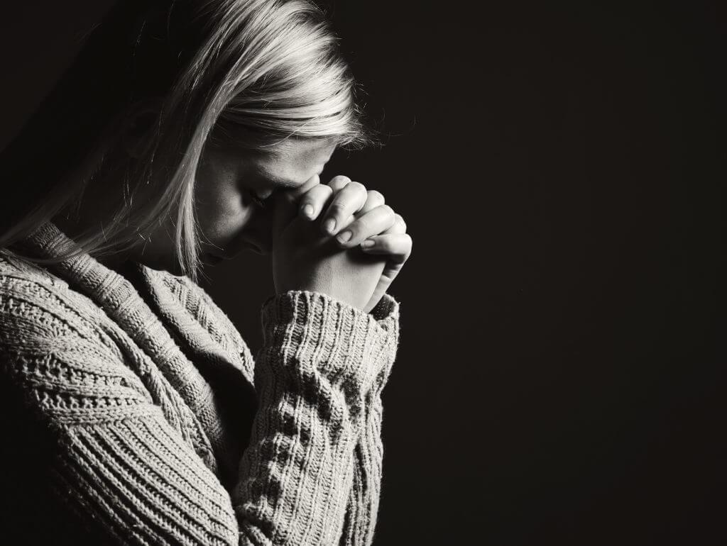 Как действуют молитвы от приворотов