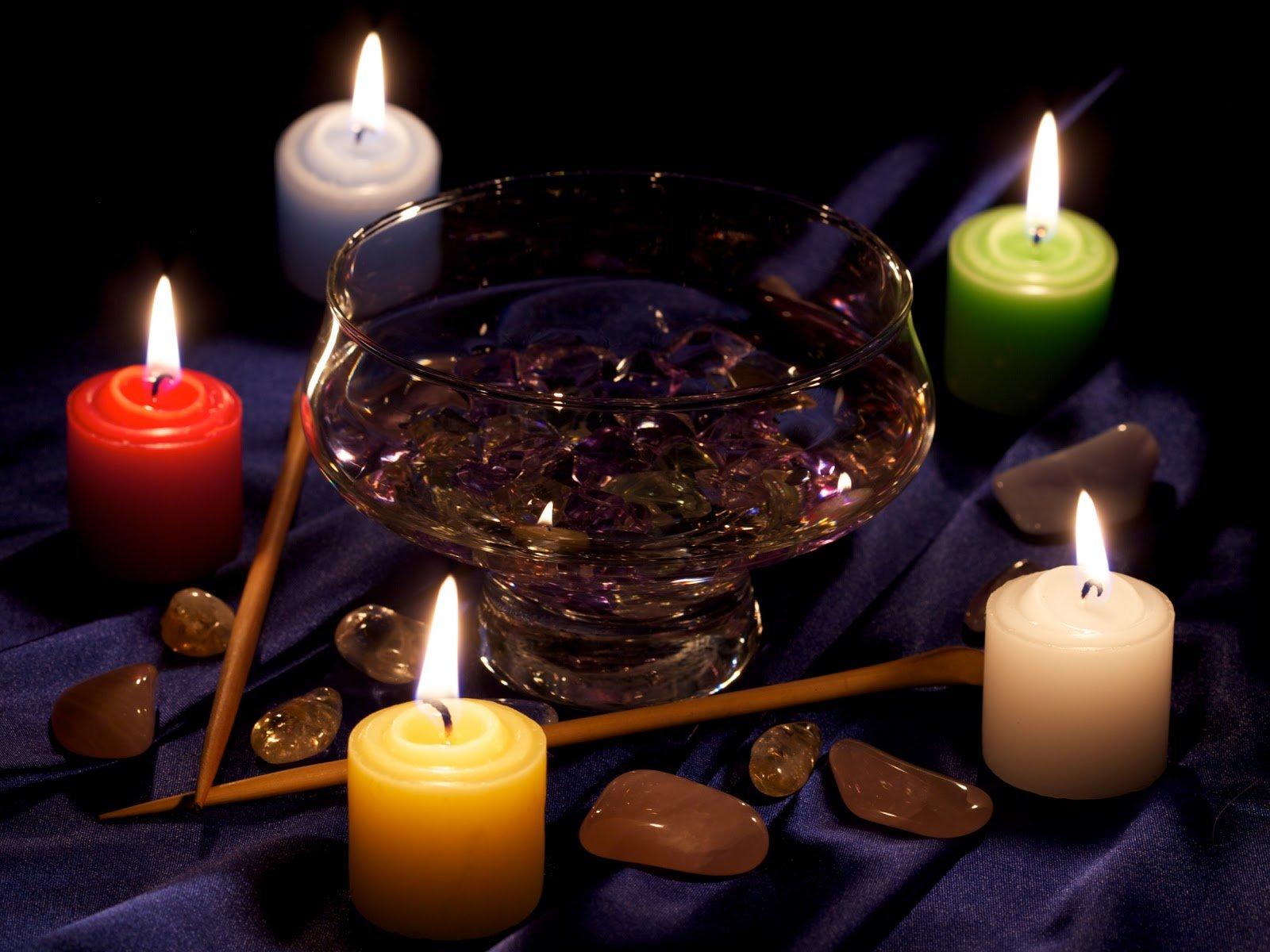 Сильный приворот на свечах