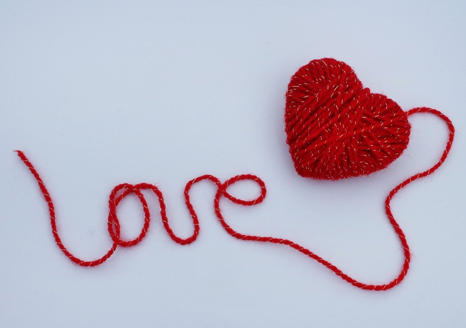 Приворот на красную нить любимого человека