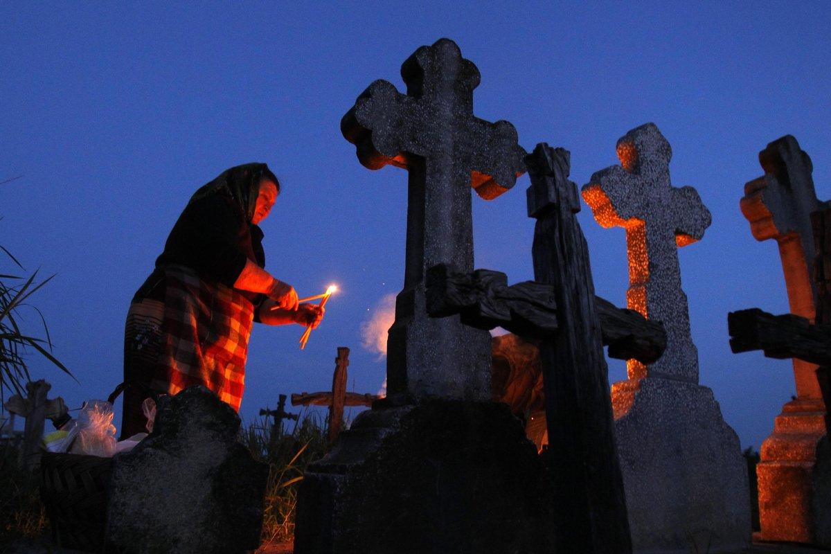 Кладбищенский приворот на 13 свечей
