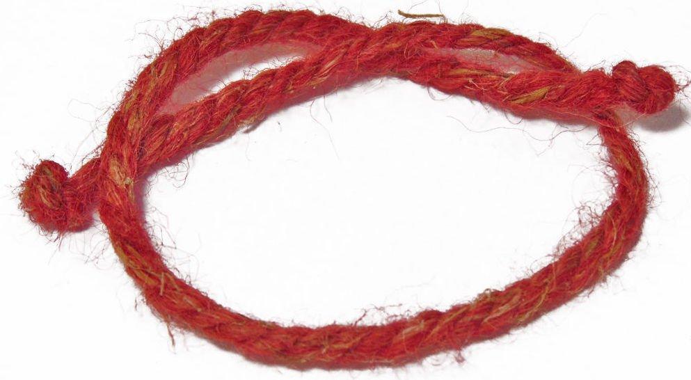 Прриворот на узелки на красной нити