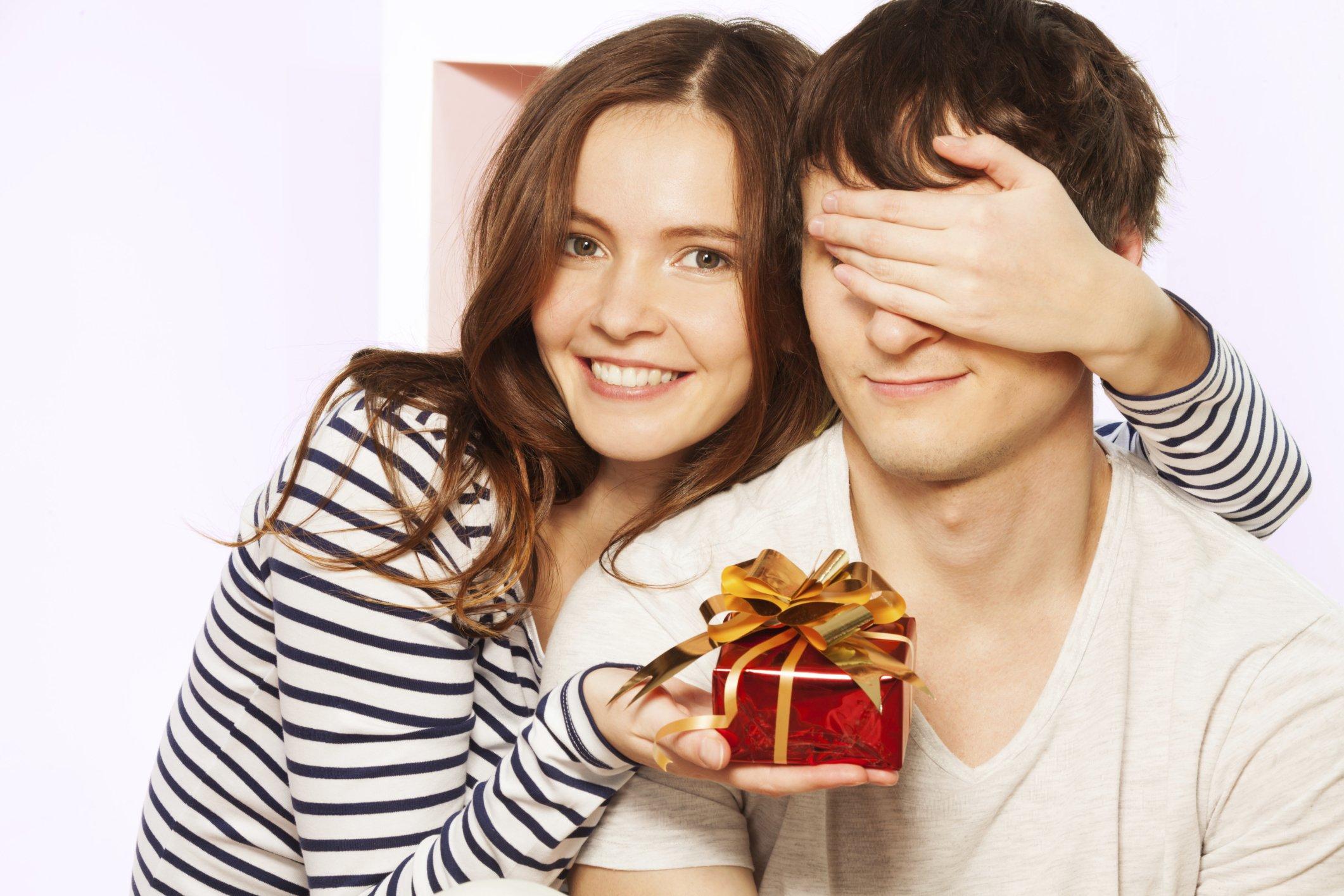 Cильный любовный приворот на подарок