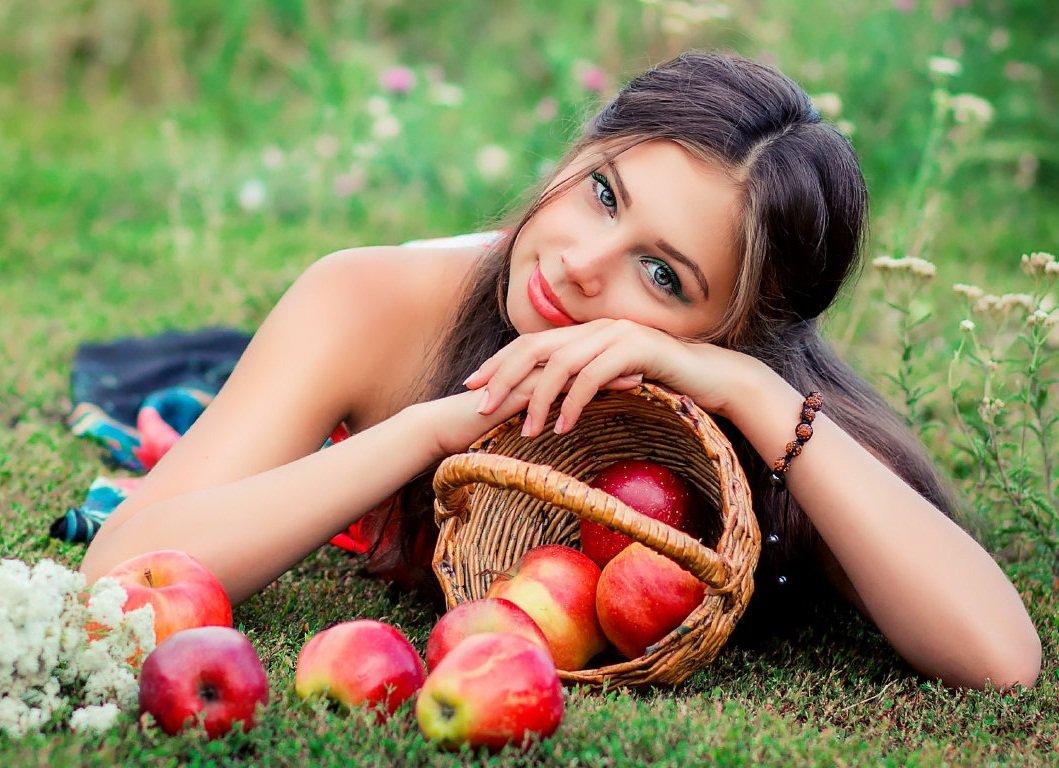 Привороты на Яблочный Спас