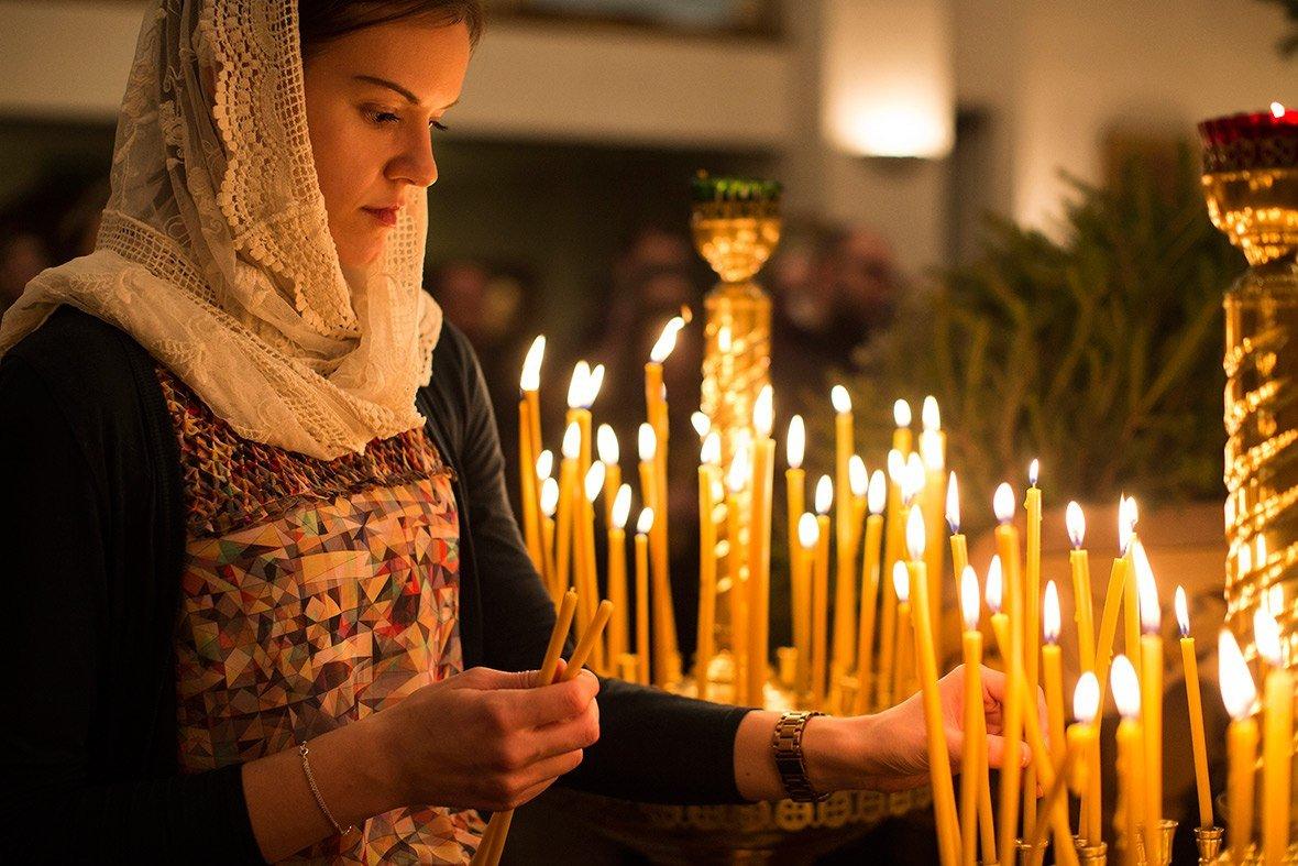 Приворот с церковными свечами