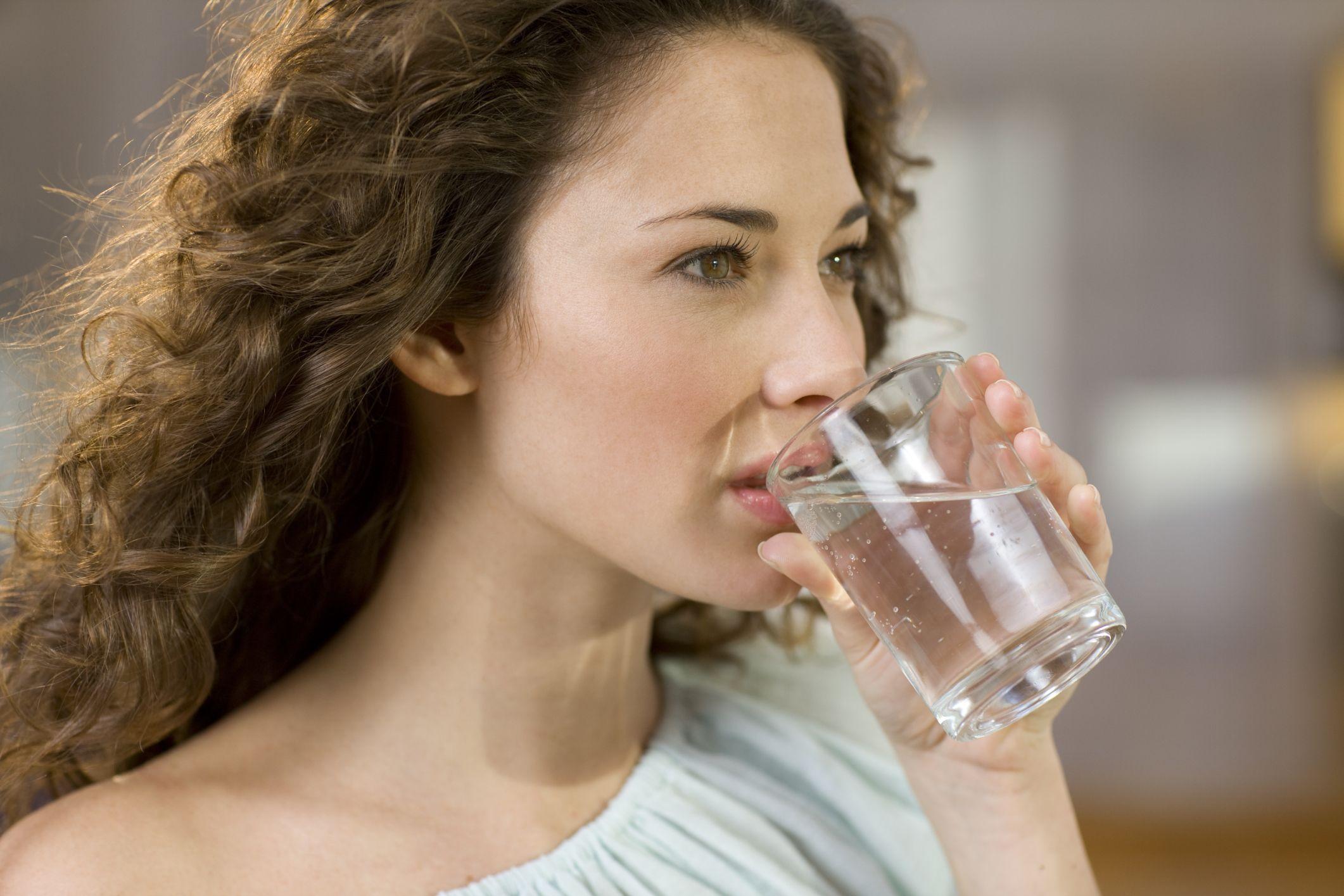 Заговор на желание с водой