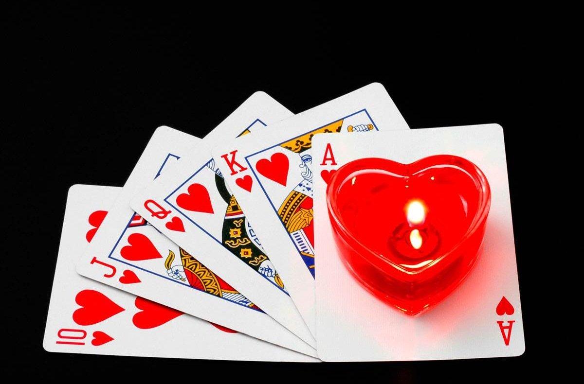 Гадание на любимого игральные карты гадание на картах таро онлайн бесплатно на будущее с толкованием
