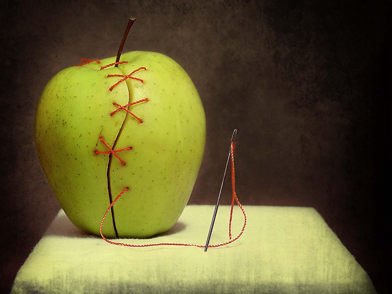 Отворот на убывающую луну с помощью яблока и нитки