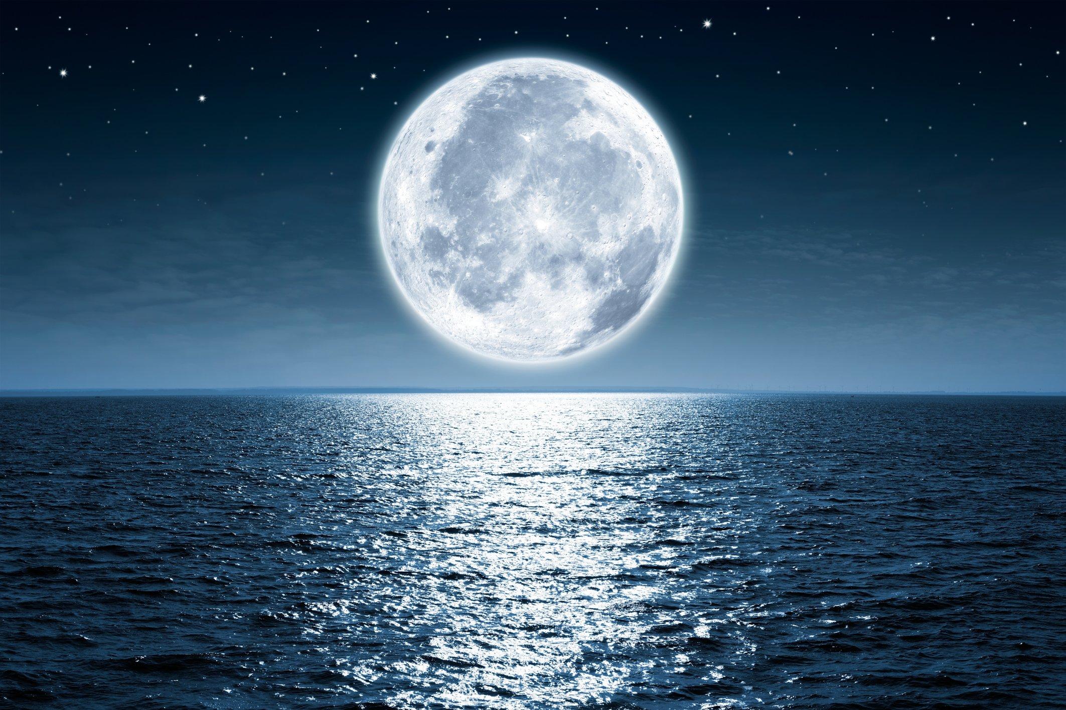 Заговор на возврат долга на Луну