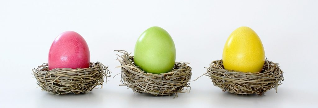 В какой цвет красить яйца на Пасху разным знакам зодиака?